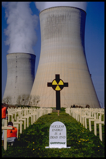 http://christdemokraten.files.wordpress.com/2010/11/action-at-the-nuclear-power-pl.jpg